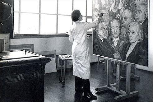 Charley Toorop in Atelier